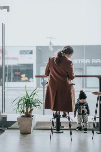 男性の家事分担が進んできたとはいえ、まだまだ女性の仕事という意識が拭いきれない「家事」。女性が働きながら、子育ても含めて家事をこなすとなると、かなり大きな負担となります。