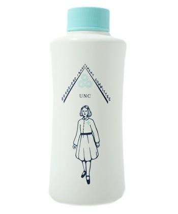 下着はとてもデリケートです。風合いを損なわないためにも、下着専用洗剤を使うようにしましょう。ない場合は一般的な洗剤を、洗い桶に1滴溶かしてもOKです。