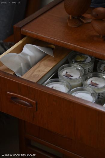 ちなみにグラスに入ったキャンドルもイケアのもの。イケアに行ったときにまとめて購入して引き出しにストックしておけば、開けたときにふわりと優しい香りが漂うのがうれしいポイント。