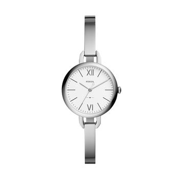 """手元のおしゃれは、腕時計とともにブレスレットなどを重ねづけする方も多いのでは。でも、すっきりとシンプルが好きなら""""バングル見え""""する腕時計はいかがでしょうか。春に新しく登場したモデル『ANNETTE(アネット)』の新作は、小ぶりなケースと細いストラップの組み合わせで、まるで華奢なシルバーのバングルのよう。アクセサリー感覚で身に着けられますね。"""