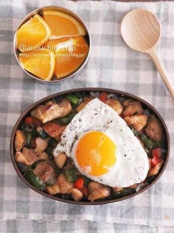 もしガパオが余ってしまったら…。お弁当に詰めるのもいいけれど、余裕があればもうひと手間加えてみましょう。余ったガパオの活用レシピと、アレンジレシピをご紹介します!