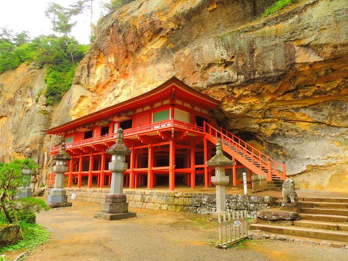 平泉の関連資産として、こちらの「達谷窟」や、「柳之御所遺跡」といった文化資産の追加登録を目指しています。
