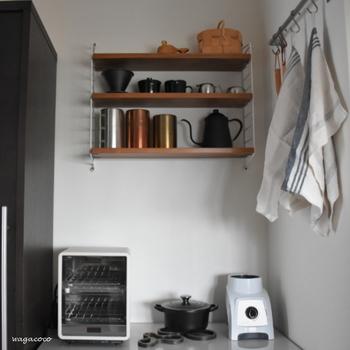 リビングはもちろん、キッチンでも大活躍です。コーヒーやお茶の道具を並べておくのにもぴったり。
