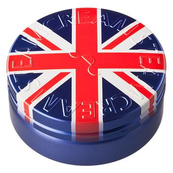 """発売からいまだに問い合わせが多いのが、英国の国旗""""ユニオンジャック""""を缶いっぱいにプリントしたこちらのデザイン。 プレゼントにもぴったりのデザインですね♪"""