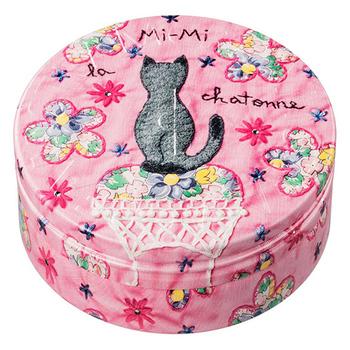 キュートな猫ちゃんの後ろ姿が愛おしい!猫好きな方へのプレゼントにも喜ばれそうです。