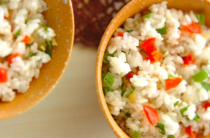 プチトマトに生姜、ザーサイ、大葉を加えて夏バテ対策にぴったりの一品に。サラダ感覚で召し上がれ♪