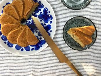 パン屑がびっくりするほど出ない「志津刃物」のパン切りナイフ。アンティーク風な色合いの美しいデザインだから、食卓に大活躍しそう!使うのが楽しみになります。