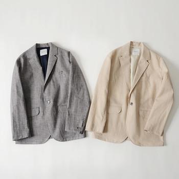 休日のリラックススタイルにさらりと羽織るように、カジュアルに楽しみたいジャケット。 パンツ・スカート・ワンピースなど様々なスタイリングに上品にマッチするので、大人の女性なら1枚は持っておきたいアイテムです。 今回ご紹介した素敵なコーディネートをヒントに、季節感あふれるおしゃれな『ジャケットコーデ』を楽しんでみませんか?