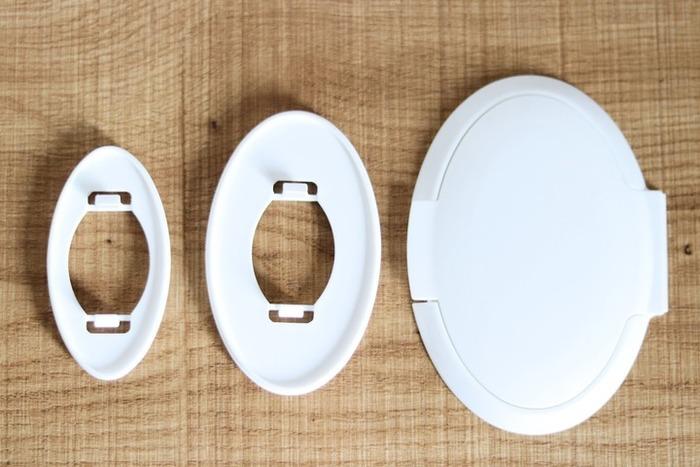 大中小揃ったウエットシート用のフタがとっても便利。丸ごと入れ替える袋状のものと違って、ウエットシートのコンパクトさを残しつつフタだけ装着できるので、荷物がかさばらず使いやすい。