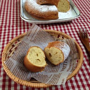 相性のいいバナナとピーナッツバターを合わせた、間違いのないおいしさ。シンプルなケーキでその風味を存分に味わいましょう。素朴ですが、飽きのこない味。朝食にも。