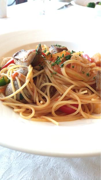 軽めのランチが食べたい方は、アラカルトもあります。パスタやカレー、ドリアなど老舗の味がいただけます。