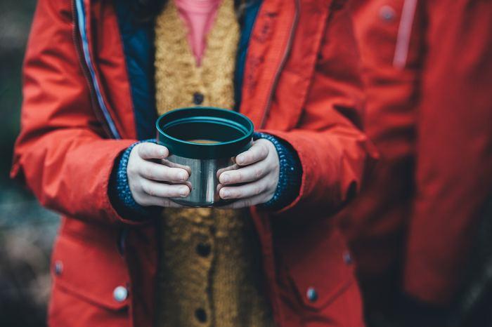 冬場に重宝するスープジャー。温かいもの専用だと思われがちですが、実は保冷も出来る優れものなんです。