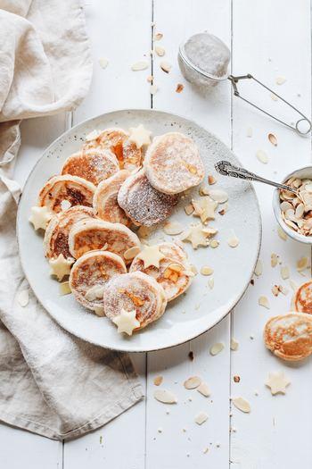 お料理が得意な方なら、毎日の食事とは別にお菓子作りを趣味にしてみてはいかがでしょうか。子供の頃は、ホットケーキが焼き上がるだけでワクワクしませんでしたか♪そんな気持ちを、もう一度思い出してお菓子づくりを始めてみては?