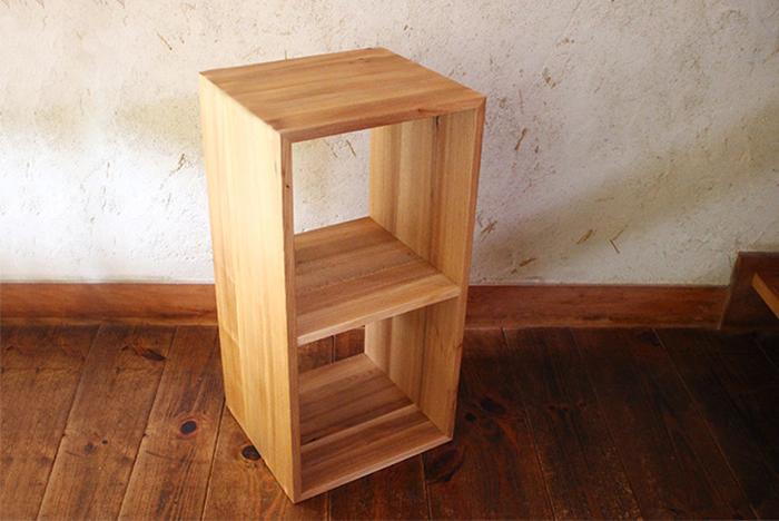 「KOBAKO」をちょうど2個分合わせたサイズの「2KOMAKO」。タテにもヨコでも使うことが出来ます。大きめな棚をいくつか作りたい…そんな時にとても便利です。