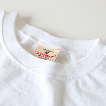 リメイクには、綿100%のTシャツがおすすめです。いきなり新品を使うのは…という方は、着古した無地Tシャツなどで気軽にはじめてみましょう!