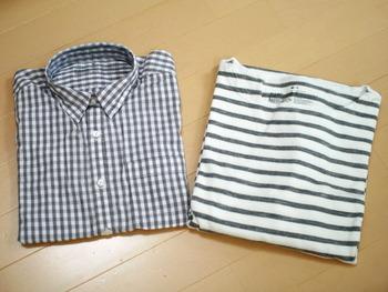 大人キュートなギンガムチェックシャツの他、ボーダーカットソーワンピースなども人気です。