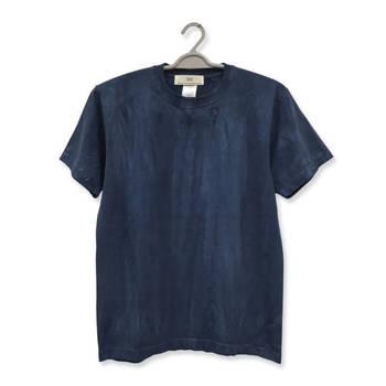 色あせた無地Tシャツは、染めることでまた新しいTシャツに生まれ変わります。染めには化学染料や自然の草花、泥等を使用したいろいろな染色方法がありますが、初心者の方は簡単に安定した色が出せる英国製家庭用染料「ダイロン」がおすすめです。