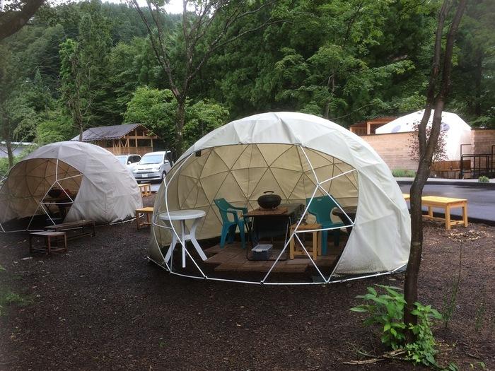 日帰りで立寄っても、ドーム型テントの中でBBQが楽しめますよ。