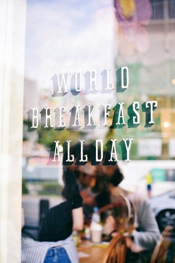 東京・外苑前と原宿にある、世界中の朝ごはんをテーマにした「ワールド・ブレックファスト・オールデイ」。定番で出しているメニューの他に、2ヶ月毎に変わる世界の朝ごはんをワンプレートで味わえるお店です。