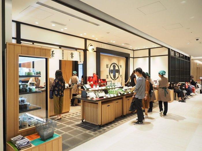 そのGINZA SIXの4Fにある「中村藤吉本店 銀座店」。安政元年(1854年)に創業の「茶商 中村藤吉」が始まりの老舗です。