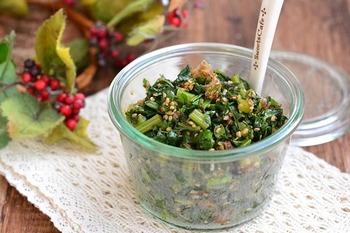 大根の葉っぱは、捨てずにふりかけにすると、とっても美味!エグみとアクを取るには、味付けする前に熱を加えるのがポイント!これなら野菜嫌いのお子さんも、喜んで食べてくれそうです。