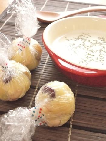 マッシュしたじゃがいもにお豆とチーズも入った食べ応えのあるスープ玉も作ることができますよ。お湯ではなく温かい牛乳で作るのでほっこり美味しい朝を過ごせますよ。パン派の方にオススメです!