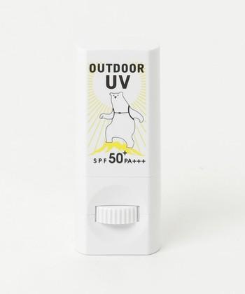 【OUTDOOR UV / ホワイト 日やけ止めスティック 18】 スティックタイプで手を汚すことのない日焼け止め。外出先でも手の甲などにサッと塗ることが出来きコンパクトで液漏れの心配もいらないので携帯にも便利です♪
