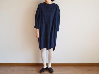 日本の高い技術によって生まれた、質実剛健であり、 シンプルで肩肘張らずに着ることができる普段着。そんな心を込めて作ったお洋服を、実際に袖を通してもらいたい、そんな想いからこの春、実店舗がオープンいたしました。