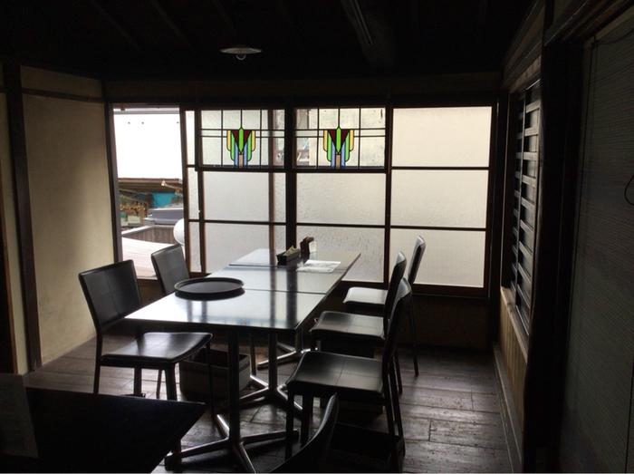 店内もしっとりとした京都ならではの雰囲気。ランチビュッフェでも、落ち着いて食事を頂けます。