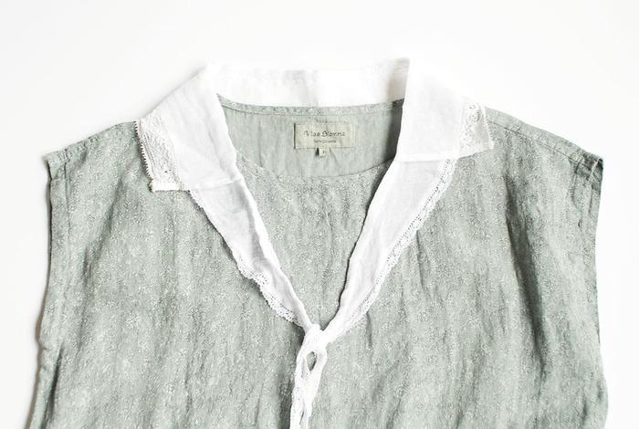 トップスの着回し力を上げてくれるつけ衿。春夏は軽めの素材を選んで、涼やかな季節感を出しましょう♪