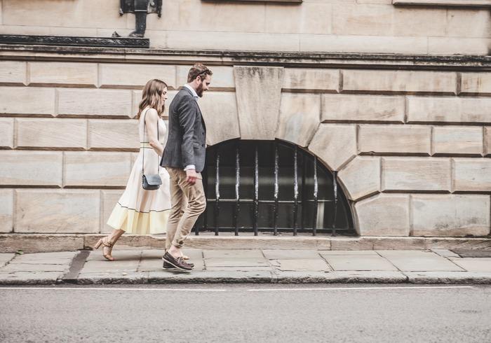 最初からたくさん歩こうと思わなくて大丈夫!帰り道にひと駅手前で電車を降りて歩く、いつもよりちょっと先のコンビニへ行ってみる、散策気分で街を歩いてみる…ほんの少しだけ、歩く距離を増やしてみましょう。