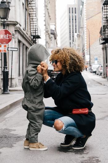 相手の気持ちや感情を思いやることだったり、社会と自分・今と未来への繋がりを感じられない人が、大人にも子どもにも増えているこの時代。  シュタイナー教育は、心と体と思考・・・そして世界と私を自然に結びつける教育だといいます。