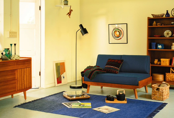 レトロポップなカラーリングは、北欧テイストにぴったり。特にブルーはインテリアとしても使いやすい色です。家具の色を少し濃いものにすると、よりレトロな雰囲気になります。
