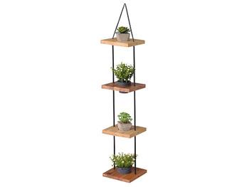 多肉系植物やエアープランツもハンギングでおしゃれに演出。天井やカーテンレールに設置して。