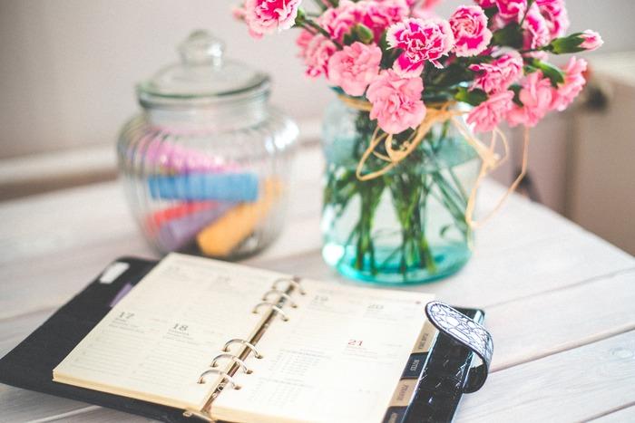 「いつか」がなかなか実行できないのは、期限がないから。期限が明確になればそれに合わせて行動できますし、期限をカレンダーや手帳に書き込んでおけば、うっかり忘れることもありません。