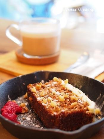 ざくざくして素朴な味わいのキャロットケーキも大好評♪京都に来たら、また訪れたくなりそうですね。