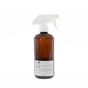 ユーカリとレモンの植物エキスを使用した爽やかな香りが、お掃除タイムを楽しくしてくれるクリーニングスプレー。キッチンや浴室など水回りの吹き掃除におすすめです。