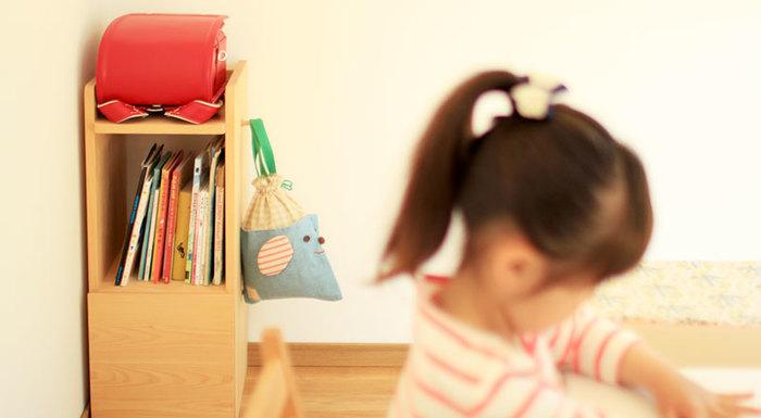 ランドセルの目星を付けたら、次は置き場所。今の子供部屋にはランドセルを置くぴったりの場所はありますか?ないなら、こんな収納はいかが?
