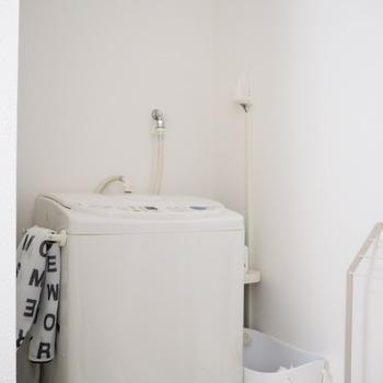 洗濯槽洗浄コースがあればそれを選択すると簡単です。40~50℃のお湯を使うとより効果的ですよ。
