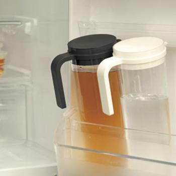 冷たい飲み物を入れておく使い勝手の良いジャグなども合わせてご紹介します!冷たく冷やした飲み物をスタンバイして、暑い季節を乗り切りましょう。