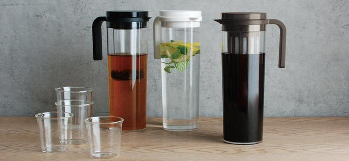 テーブルウェアやドリンクウェア、キッチン雑貨などの企画、製造を行っているKINTO( キントー)のジャグは、無駄の無いシンプルデザインが魅力的。容量は1.2l、麦茶や水出しコーヒーを作るのにもとっても便利です。