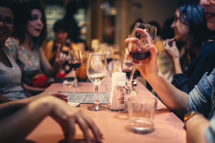 お酒は苦手だけど、それも仕事のうちと思って付き合った飲み会。それなのに収穫なしってなんだか不毛。無性に時間がもったいなかった気もしてきますよね。