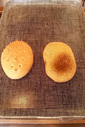 見てるだけでほっこり♪はりねずみ(左)とほうじちゃときなこのパン(右)。見た目の可愛さだけでなく、国産小麦やこだわりのある食材を使用し、愛情たっぷりに作られたパンは心もお腹も満たしてくれます。