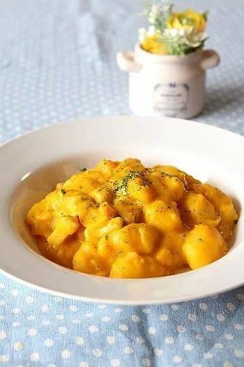 かぼちゃのクリームソースは、グラタンにしたり、牛乳を加えて濃度を変えることで、パスタソースとしても使えます。