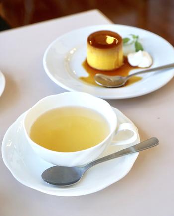 エレーナでは季節によって違う味を楽しめるシーズンティーをいただくことができます。ダージリンティーは「クオリティーシーズンダージリン」という、その時期にしかいただけない、新鮮な茶葉の紅茶なのだそう。
