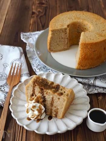 「豆腐」でシフォンケーキが作れるなんて驚きですよね!シフォンケーキ独特の触感はそのままでローカロリーなんて言うことなしですね。ほうじ茶の風味が大人のデザートに最適です。