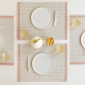 まっさらでシンプルな形の、優秀な「白いお皿」。お気に入りの一皿はは見つかりましたか? 「白いお皿」にはシンプルな魅力が詰まっているからこそ、料理の素材も、素材本来の魅力を、ぐっと美しく見せてくれるのではないでしょうか。器を選ぶ時間から盛り付けまで、「白いお皿」のある食卓を満喫してくださいね♪