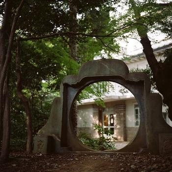 静かで落ち着いた時間を過ごしたいなら、ぜひこちらへ。新宿や渋谷からもアクセスがいいで、お友だちと待ち合わせてふらりと訪れてみてはいかがでしょうか?