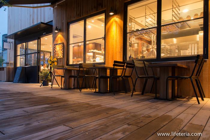 こちらのカフェは、鎌倉にあるおしゃれなレストラン・GARDEN HOUSEの2号店。緑広がる心地よい雰囲気の中、ゆっくりとティータイムを楽しんでみませんか?