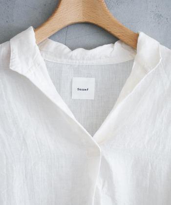 """素敵な""""白ファッション""""を楽しむには、アイテムの選び方はもちろん、日頃のお洗濯の仕方にもコツがいります。そこで今回は、この夏の装いにプラスしたい""""白ファッションアイテム""""と、白さをキープするための""""洗濯術""""を合わせてご紹介します。お気に入りのアイテムを長く大事に着用して下さいね。"""